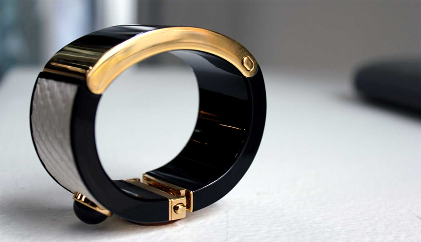 New Mica Smart Bracelet to Appeal to Fashion Trendy Women
