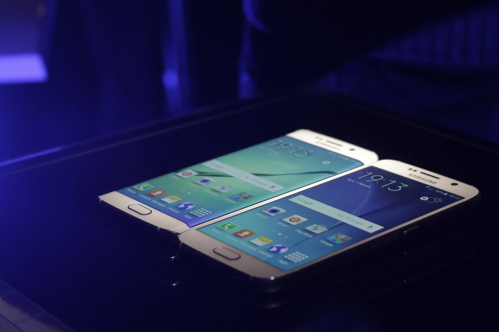 T-Mobile Samsung Galaxy S6 and S6 Edge Comes with a Free year of Netflix
