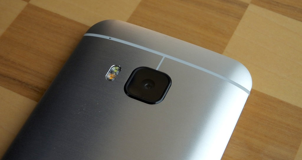 Front and Rear HTC One M9 Camera Gets a Much Needed Improvement with a New Software Update