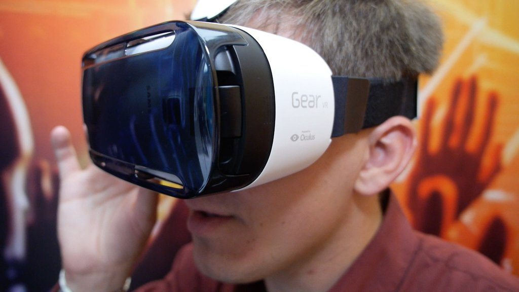 Samsung Helping with Gear VR App Development, Free Workshop May 20th