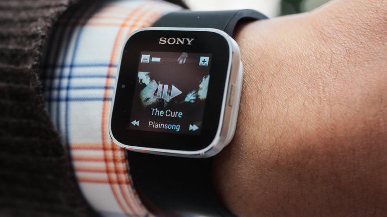Sony Smartwatch Review for the Old Device Enthusiasts