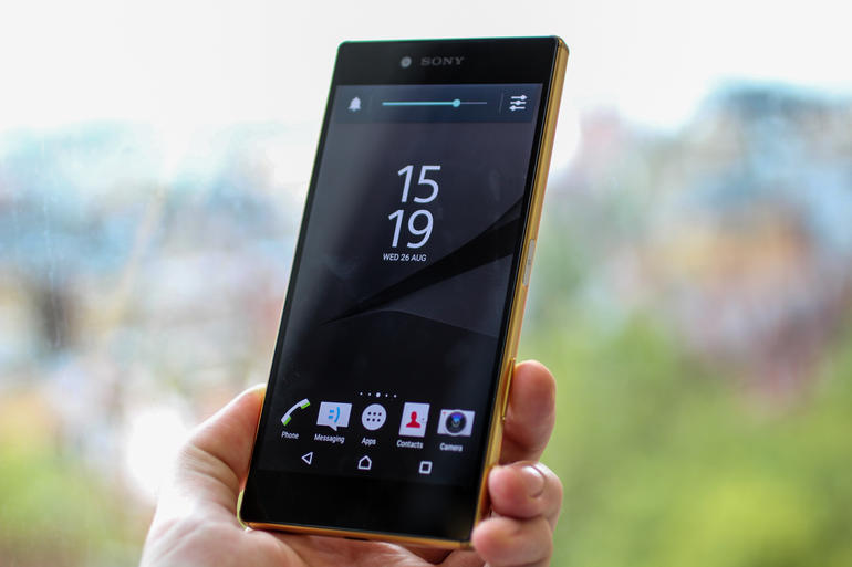 Mobile Phone Reviews: Sony Xperia Z5 and Z5 Compact with 23-MP Camera