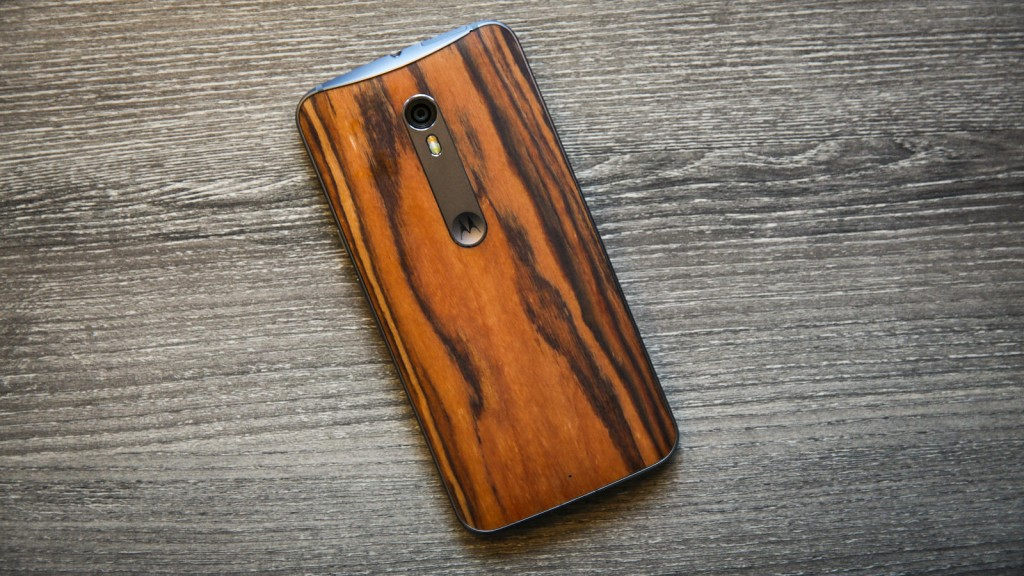 Best Android Smartphone to Buy Right Now - Motorola Moto X (Pure Edition)