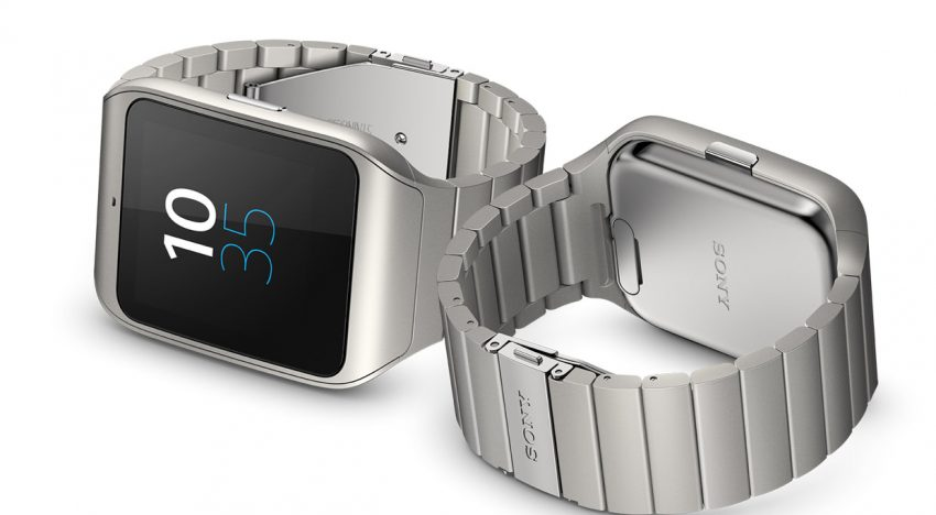 Sony Smartwatch Reviews Praise the Smartwatch 3 for Sleek Hardware and Battery Performance, but Slams Poor GPS Performance and the Lack of Heart Rate Sensor