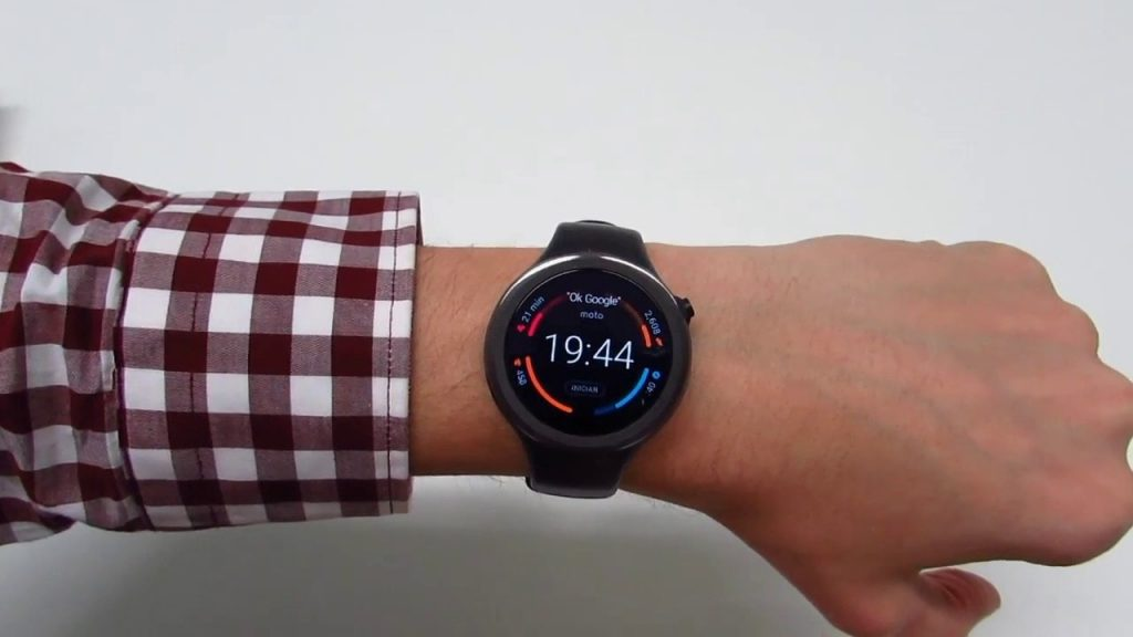 #9 in Our List of the Best Smartwatch for Android - Moto 360 Sport