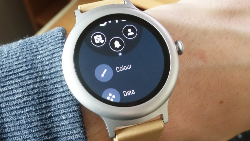 Android Wear Tips and Tricks - Create Your Own Watch Face